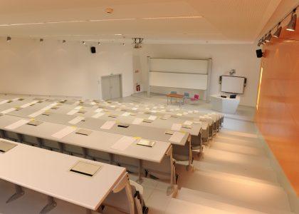 Amphithéâtre Pierre PFLIMLIN / CCI Campus Strasbourg © Christian ROTHAN pour Airdiasol