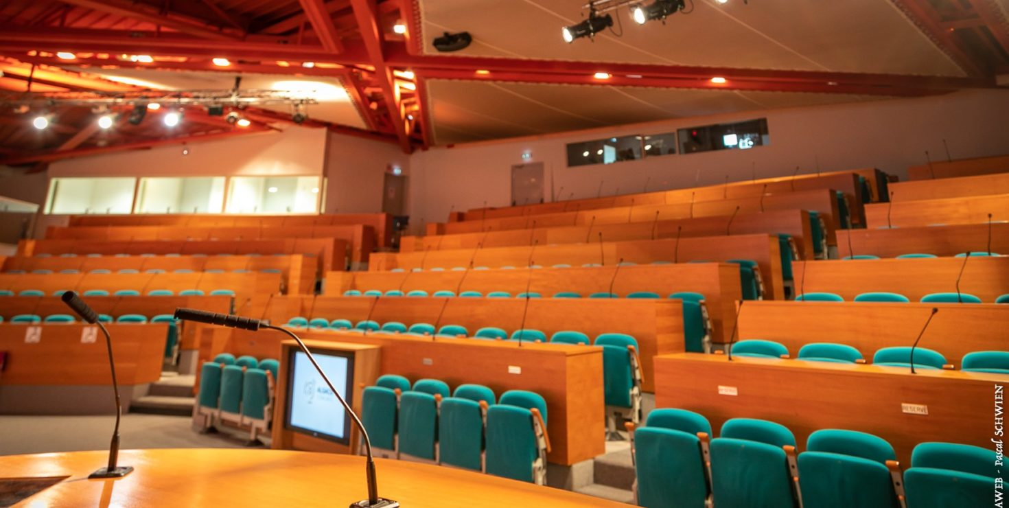 Auditorium Simone VEIL / CCI Campus Strasbourg © Pascal SCHWIEN pour Panoramaweb