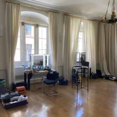 France Télévisions - Tournage du téléfilm En quête de vérité, 6-8 juillet 2020 / CCI Strasbourg, loge des artistes installée en salle Kléber © LGa