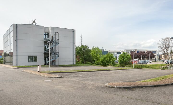 Parking / Le CREF Colmar © Pascal SCHWIEN pour Panoramaweb